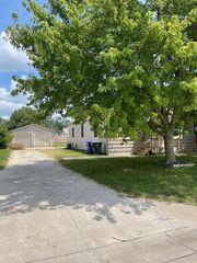 408 S Date St, Hillsboro, KS 67063