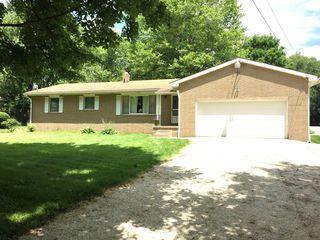 1809 Greensburg Rd, North Canton, OH 44720
