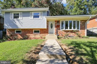 840 Loxford Ter, Silver Spring, MD 20901