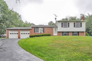 119 Russell Hill Rd, Industry, PA 15052