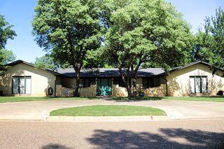 306 Lometa Dr, Plainview, TX 79072