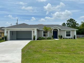 1710 SW Commargo St, Pt Saint Lucie, FL 34987