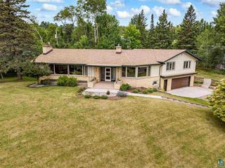 601 Valley Dr, Duluth, MN 55804