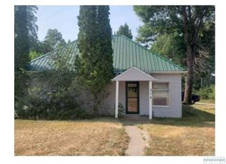 318 School St, Fromberg, MT 59029