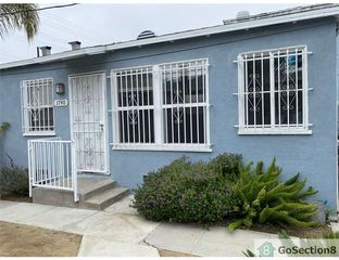 3736 W Slauson Ave, Los Angeles, CA 90043