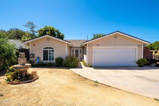 188 McKee St, Ventura, CA 93001