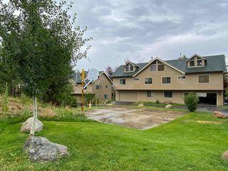 117 Lake Manor Pl #14, Crowley Lake, CA 93546