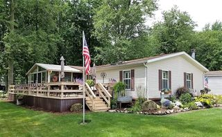 267 Twin Lakes Dr, Elyria, OH 44035