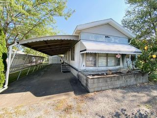 197 N Christopher Dr, Lakeside Marblehead, OH 43440