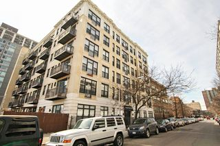 811 W Eastwood Ave #208, Chicago, IL 60640