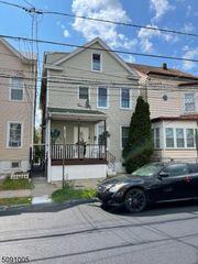 1048 E 22nd St, Paterson, NJ 07513