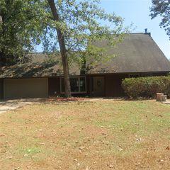 100 Linden, Village Mills, TX 77663