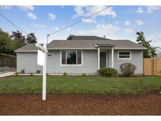 327 SE 129th Ave, Portland, OR 97233