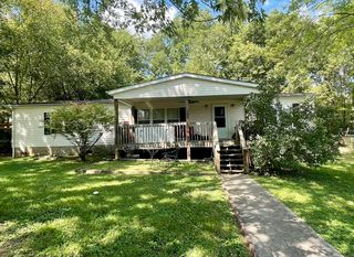 925 NE Colonial Ave, Knoxville, TN 37917
