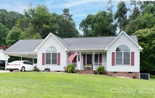 161 Antelope Dr, Mount Holly, NC 28120