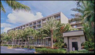 1830 Embassy Dr #412, West Palm Beach, FL 33401