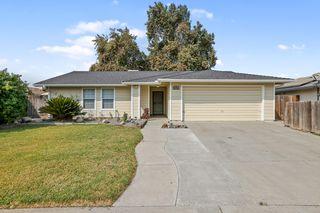 574 Manor Ave, Hanford, CA 93230