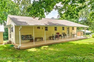 2510 Rolfe St, Hendersonville, NC 28791