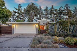 836 Southampton Dr, Palo Alto, CA 94303