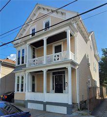 132 Wendell St, Providence, RI 02909