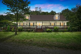 3431 Anderson Rd, Cedar Hill, TN 37032