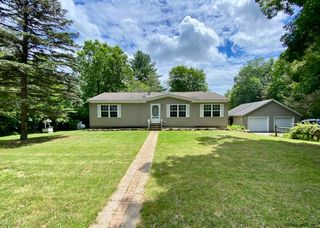 473 Brownell Rd, Malta, NY 12020