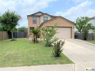 311 New Country Rd, Kyle, TX 78640