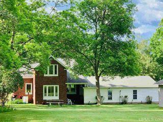 493 Agnes St, Niagara, WI 54151