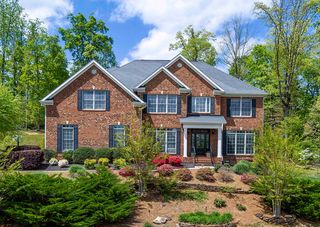 747 Fox Dale Ln, Knoxville, TN 37934