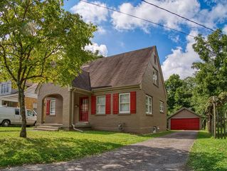 248 Rosemont Gdn, Lexington, KY 40503