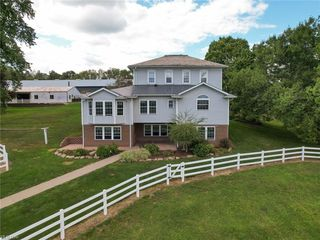 2905 State Route 93, Sugarcreek, OH 44681