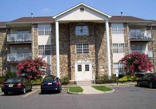 512 Davina Ct, Lakewood, NJ 08701