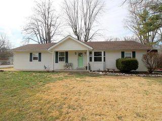 357 Old Sugar Creek Rd, Fenton, MO 63026