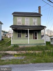 1246 Erdman Rd, Lykens, PA 17048