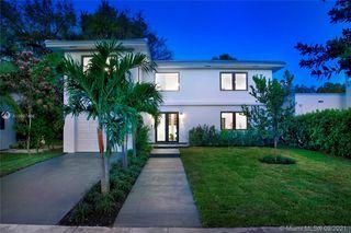 909 Granada Groves Ct, Miami, FL 33134