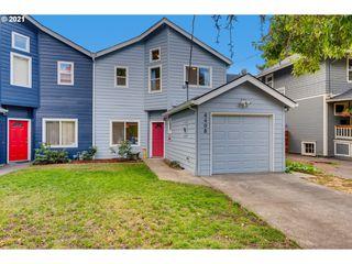 4408 SE Morrison St, Portland, OR 97215