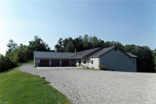 2115 N Parmiter Rd NE, McConnelsville, OH 43756