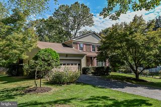 108 Edith Dr, Rockville, MD 20850