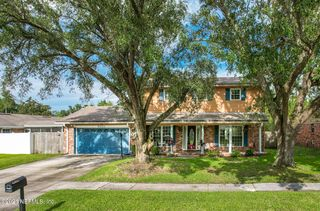 9021 Warwickshire Rd, Jacksonville, FL 32257