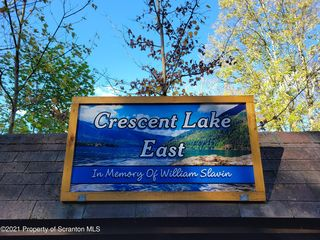 Crescent Lake Rd E, Meshoppen, PA 18630