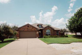 816 Wandering Ct, Granbury, TX 76049