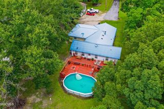 3947 Wolf Bend Rd, Moss Point, MS 39562