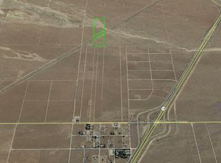 Lutie & Thomas St, Mojave, CA 93501