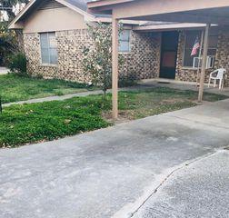 1201 Gillette St, Pleasanton, TX 78064