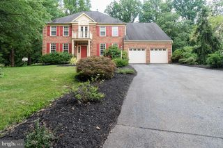 11802 Forest Knoll Ct, Bowie, MD 20720
