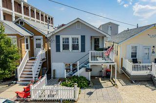 39 Carteret Ave, Seaside Heights, NJ 08751
