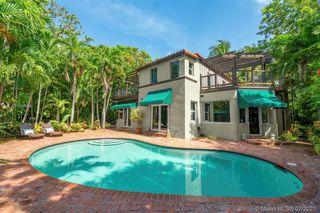 724 NE 82nd St, Miami, FL 33138