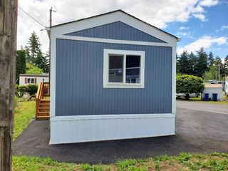 15656 SE Division St #18, Portland, OR 97236