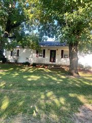 800 Reed St, Bloomfield, MO 63825
