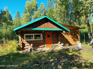 1291 E Hickok Rd, Trapper Creek, AK 99683